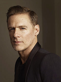 Bryan Adams Welcomes